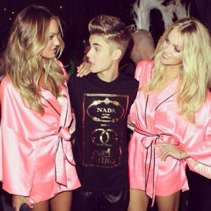 Justin Bieber Torn Between Selena And Hot Supermodels