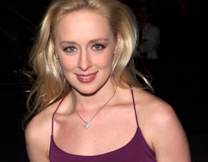 Country Singer Mindy McCready Commits Suicide