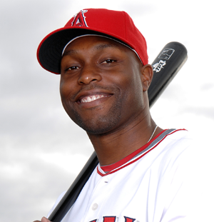 Torii Hunter 'Uncomfortable' With Gay Teammates