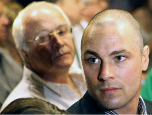 Oscar Pistorius' Brother Faces Own Homicide Charge