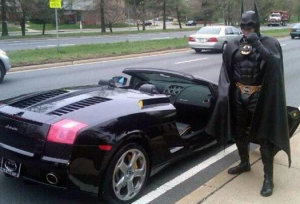 'Batman' Turns In Burglary Suspect To Police