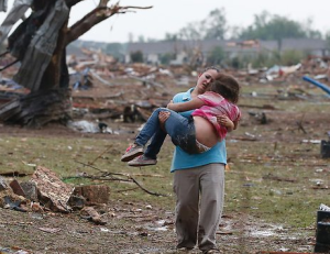 Massive Oklahoma Tornado Kills 51