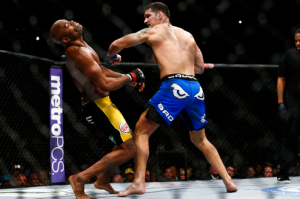 Chris Weidman Knocks Out Anderson Silva At UFC 162