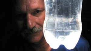 Brazilian Mechanic Invents Light In A Bottle With Water And Bleach